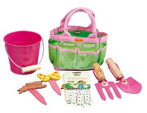 Children S Garden Tools Set by Garden Tools For Child Childrens Gifts Uk
