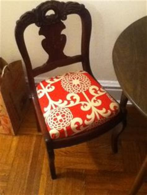 Re Upholstery Of Dining Room Chairs by 1000 Images About Planning Re Upholstered Chairs On