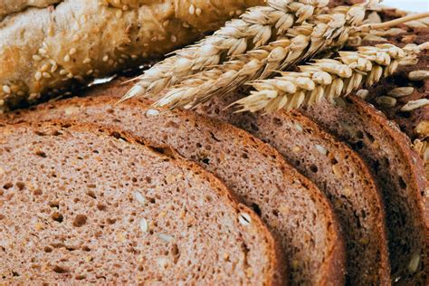 whole grains for toddlers choosing whole grains faqs eat right ontario