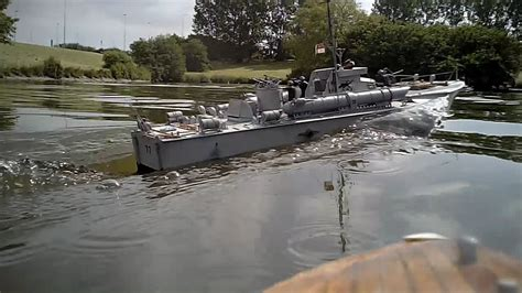 radio controlled mtb boats italeri vosper 72 6 quot mtb 77 scale model rc torpedo boat