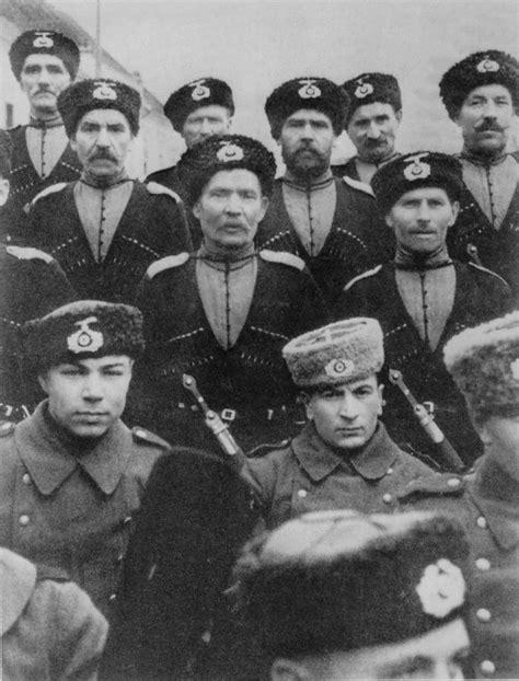 libro hitlers russian cossack osttruppen roa hiwis russian volunteers in werhmacht world war ii history