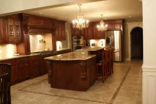 Maple Finish Kitchen Cabinets Maple Kitchen Cabinets With Glazed Cherry Finish I Really Like The Floor House Decorators