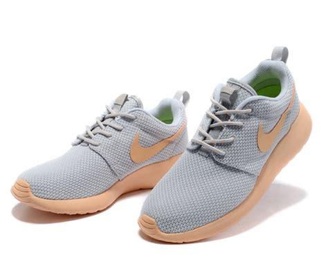 moccasin running shoes nike roshe lightgrey moccasin running shoes