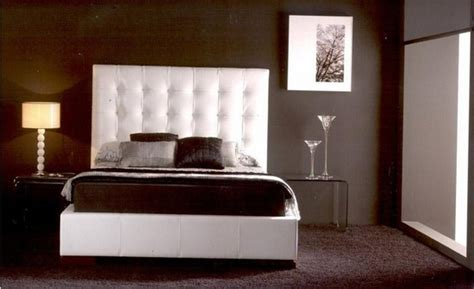 brown wallpaper for bedroom chocolate brown bedroom decorating ideas room decorating