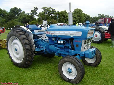 ford 4000 parts tractordata ford 4000 tractor photos information
