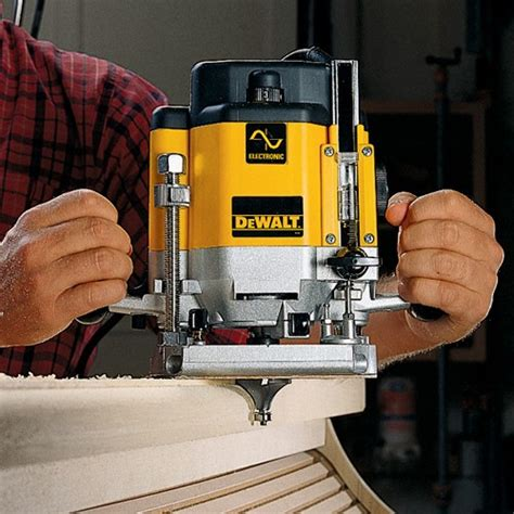 dewalt dw hp electronic variable speed plunge router