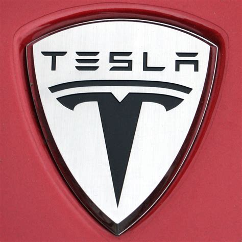 Logo Tesla You Can Soon Start Your Tesla Model S With An Iphone