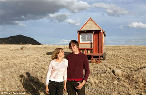 tiny houses movie colorado couple build dream home at 124 square feet