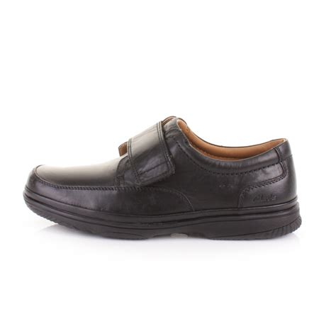 mens clarks turn black leather wide fit h velcro