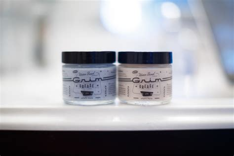 Pomade Pompadog Heavy grim grease water based heavy hold the pomp