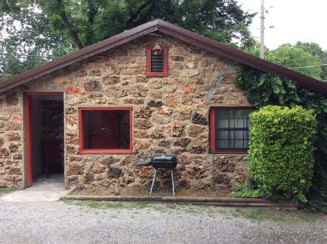 Rock Cabins by Front Cabin 6 80 A Picture Of Disney