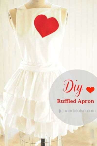 apron pattern with ruffles diy ruffled apron tutorial the picture does not do this