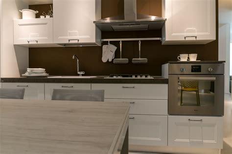 cucine scavolini modelli cucina lineare scavolini modello colony scontata 28
