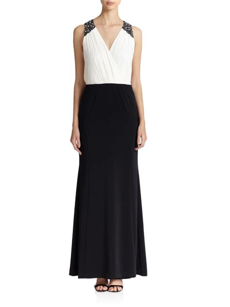 beaded chiffon gown lyst laundry by shelli segal crepe chiffon beaded gown