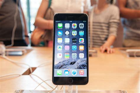 iphone     hit   decline  demand