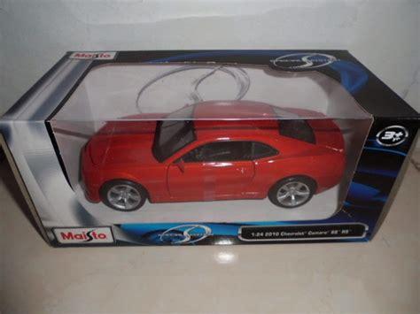 Diecast Kinsmart Chevrolet Camaro Minatur Mobil Sport chevrolet camaro ss oranye diecast miniatur replika mobil pajangan merk maisto skala 1 24