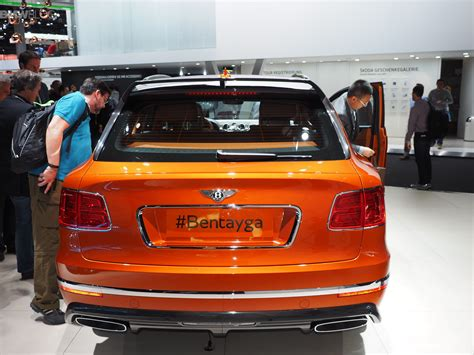 orange bentley bentayga 100 orange bentley 1 001 ps bentley continental gt