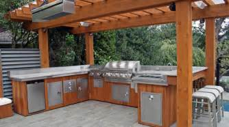 Custom Outdoor Kitchen Designs by Outdoor Kitchen