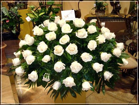 Flowers For Funeral Service by Best Tips To Choose Flower Arrangement For Funeral Service