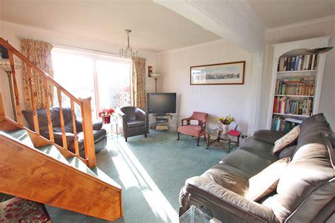 number of bedrooms gadara cottage kent holiday cottages