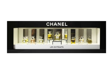 Exemple De Dressing 3994 by Popai Awards 2016 Vitrine Extraits Parfum Chanel