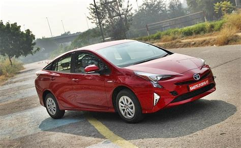 Toyota Prius Car New Toyota Prius Hybrid Previewed In India To Be