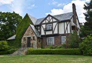 English Tudor Style House My Two Cents I M All About Tudor Style Houses