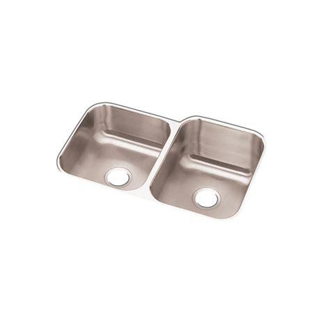 Elkay Dayton Undermount Stainless Steel 32 In Double Bowl Elkay Stainless Steel Kitchen Sinks