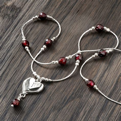 Via S Handcrafted Jewelry - 925 sterling silver necklace pendant garnet gemstone