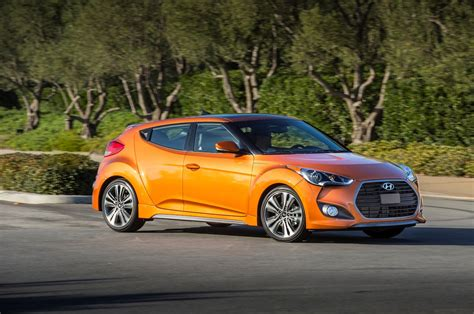 Hyundai Veloster Turbo 2017 by 2017 Hyundai Veloster Reviews And Rating Motor Trend