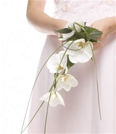 Simple Wedding Bouquets by The Happy Married Simple Wedding Flowers