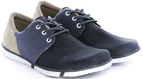 Sepatu Vans Sekolah katalog sepatuku 085607538901