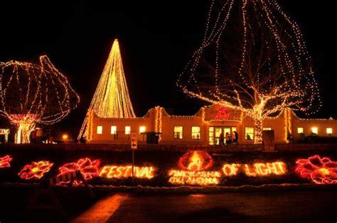 christmas lights neighborhood chickasha 13 best towns in oklahoma 2016