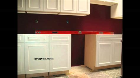 how to level kitchen base cabinets leveling base cabinets kitchen remodeling youtube