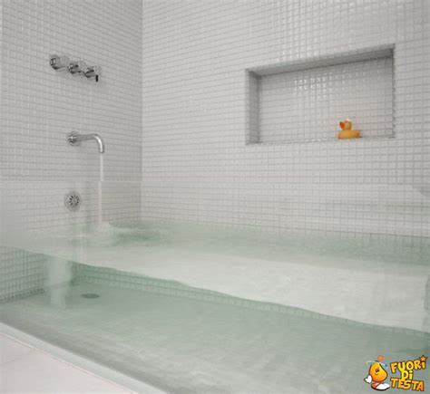 immagini vasca da bagno vasca da bagno trasparente immagini divertenti