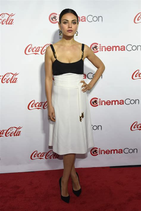 Milla 2 Dress mila kunis cocktail dress mila kunis looks stylebistro