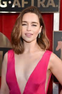 emilia clarke emilia clarke the shoes bags and jewels at the sag awards shined brighter than you could