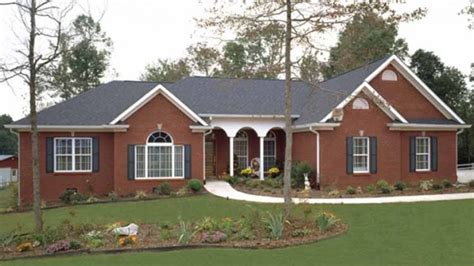 houses with big porches photogiraffe me home plan homepw02945 1992 square foot 3 bedroom 2