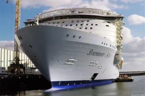 royal caribbean largest ship royal caribbean rcl readies debut of world s biggest