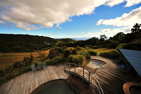 Tree Top Cabins Qld by Eco Friendly Lodging In Australia