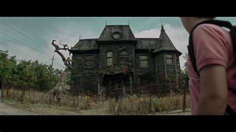 film it review 2017 film review it 2017 hnn