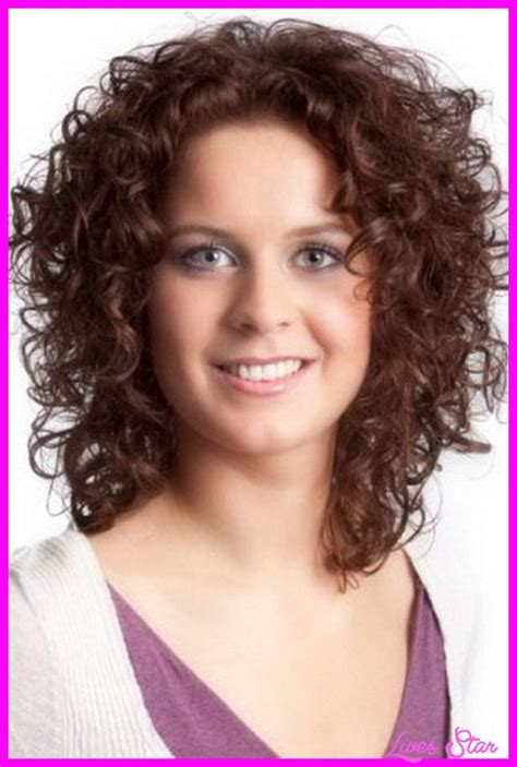 layer hair irvine ca 17 best ideas about naturally curly haircuts on pinterest