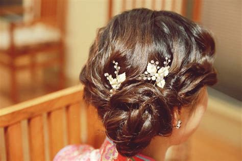 Wedding Hair Accessories Side Bun by Side Bun With Vintage Wave Bridal Hair Accessory Twings