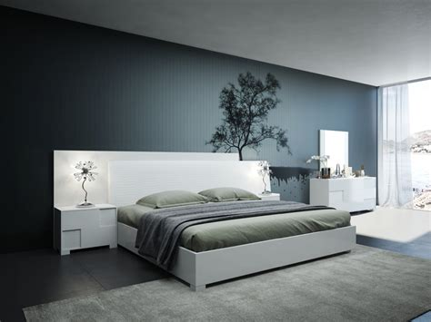 Modern White Bedroom Set by Modrest Monza Italian Modern White Bedroom Set Modern