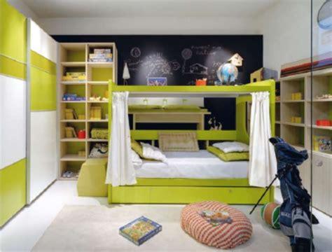 letto a con scrivania sotto letto a giotto con scrivania sopra doimo cityline