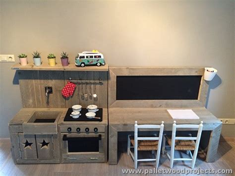 kids kitchen furniture 12 pallet projects for your inspiration pallet wood projects