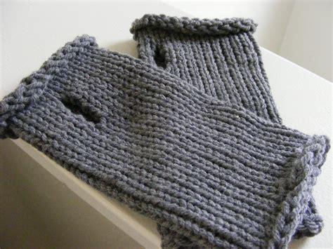 knitting pattern wrist warmers top down wrist warmer pattern gretchkal s yarny adventures