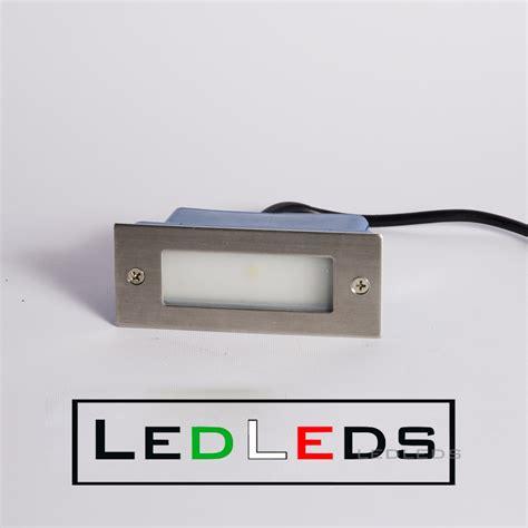illuminazione esterni plafoniere led per esterno