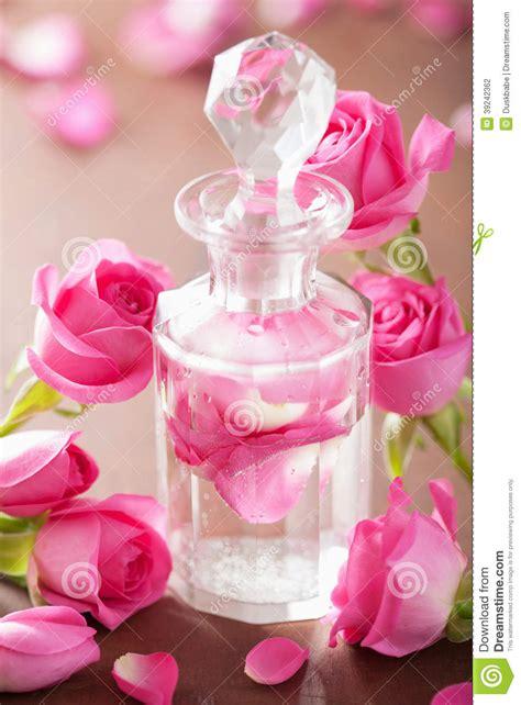 Parfum De Roses bouteille de parfum fleurs roses aromatherapy de station