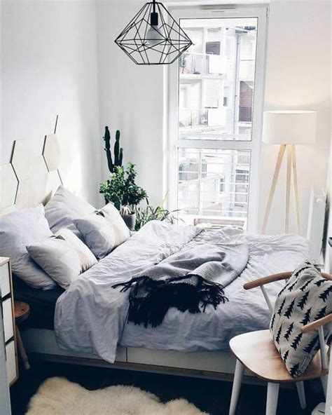 decorating ideas for bedrooms pinterest 17 best ideas about small bedrooms decor on pinterest